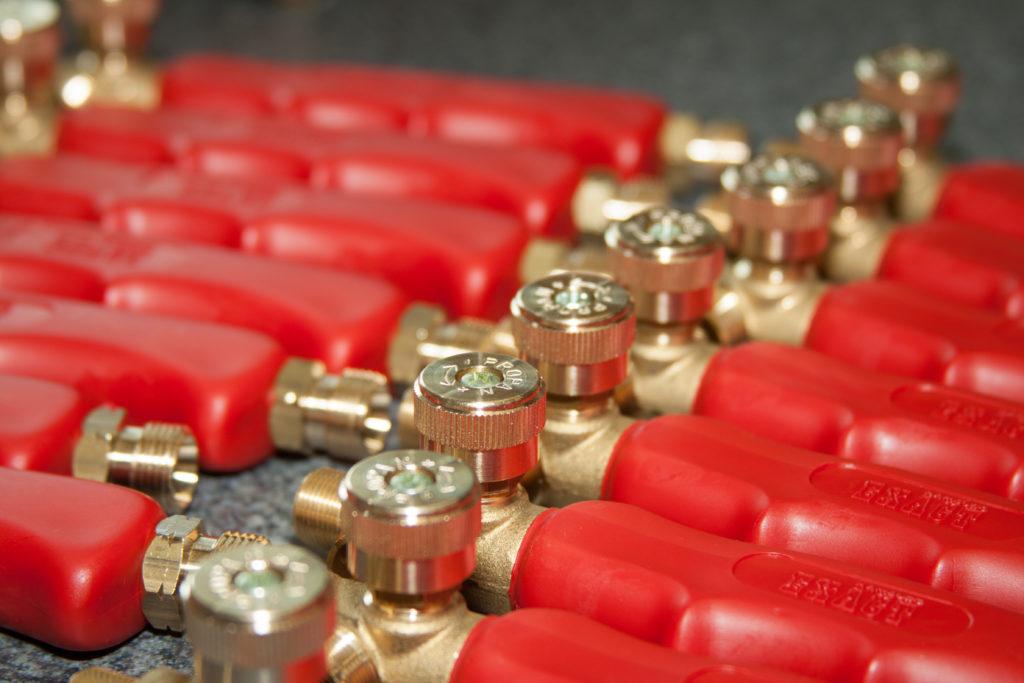 Handgriffe für Pressluftdüsen in der Produktion. Ihre Produkte im besten Licht.
